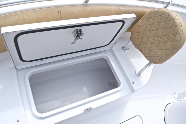 Thumbnail 52 for New 2019 Sportsman Heritage 241 Center Console boat for sale in Islamorada, FL