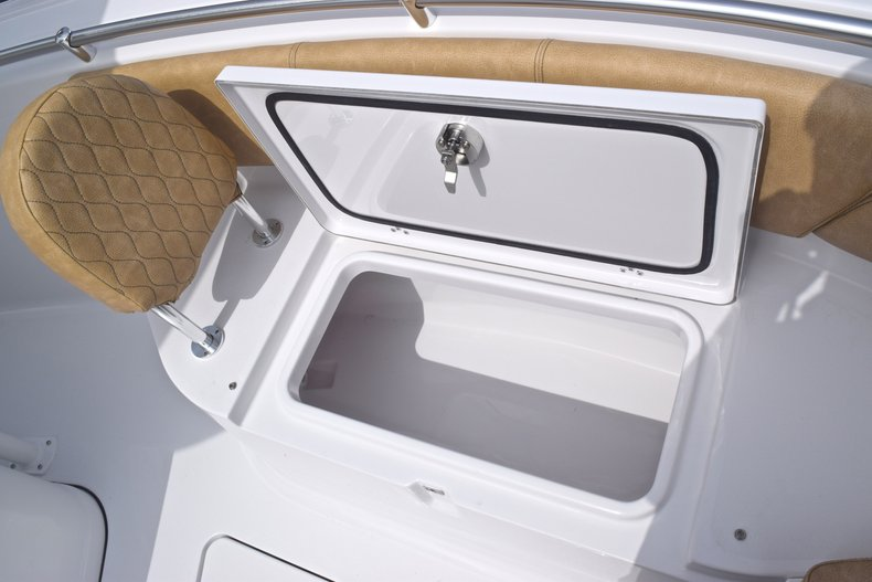 Thumbnail 50 for New 2019 Sportsman Heritage 241 Center Console boat for sale in Islamorada, FL