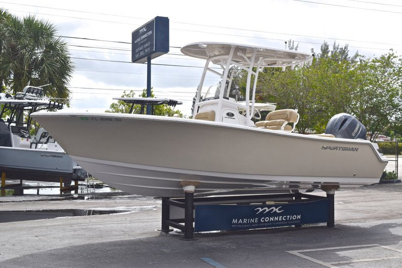 Image 3 for 2017 Sportsman Open 212 Center Console in West Palm Beach, FL