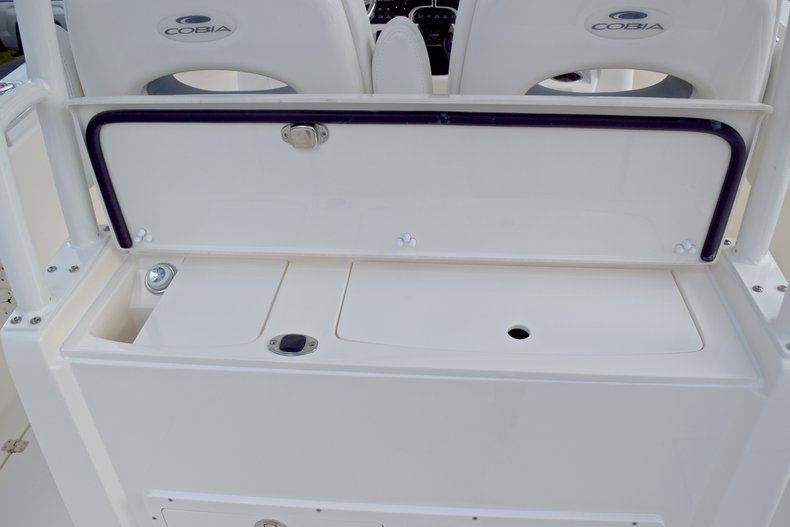 Thumbnail 23 for  2019 Cobia 301 CC Center Console boat for sale in West Palm Beach, FL