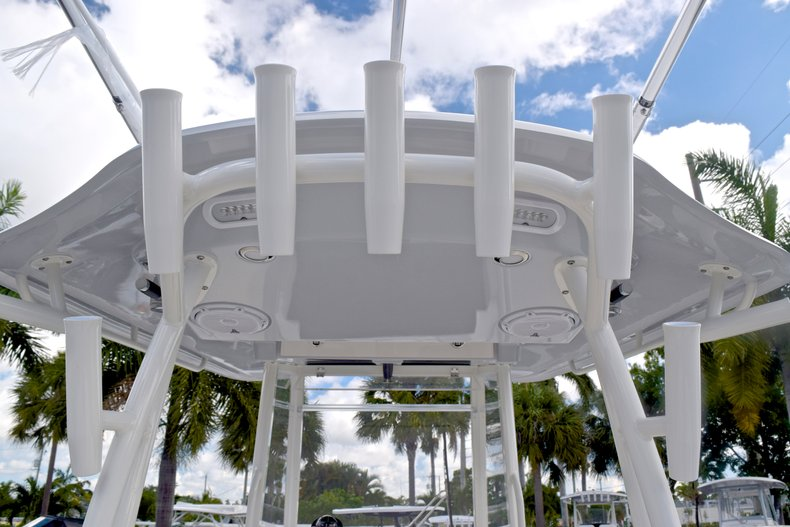 Thumbnail 31 for  2019 Cobia 301 CC Center Console boat for sale in West Palm Beach, FL