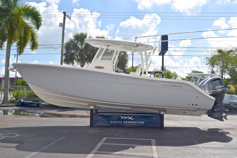 Thumbnail 5 for  2019 Cobia 301 CC Center Console boat for sale in West Palm Beach, FL