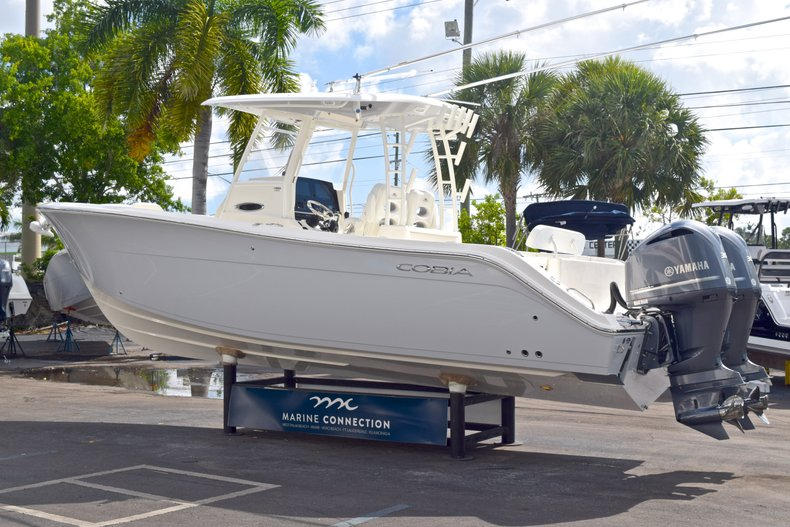 Thumbnail 6 for  2019 Cobia 301 CC Center Console boat for sale in West Palm Beach, FL