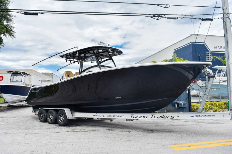 Thumbnail 4 for Used 2018 Sportsman Open 312 Center Console boat for sale in West Palm Beach, FL