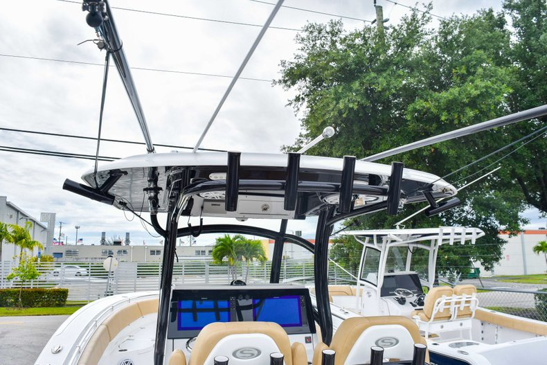 Thumbnail 23 for Used 2018 Sportsman Open 312 Center Console boat for sale in West Palm Beach, FL