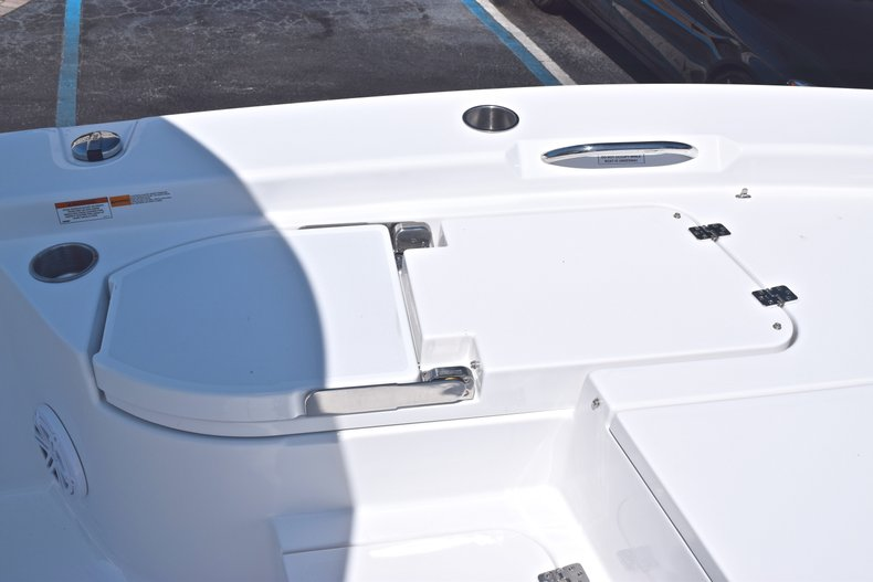 Thumbnail 52 for New 2019 Sportsman Masters 267 Bay Boat boat for sale in Vero Beach, FL