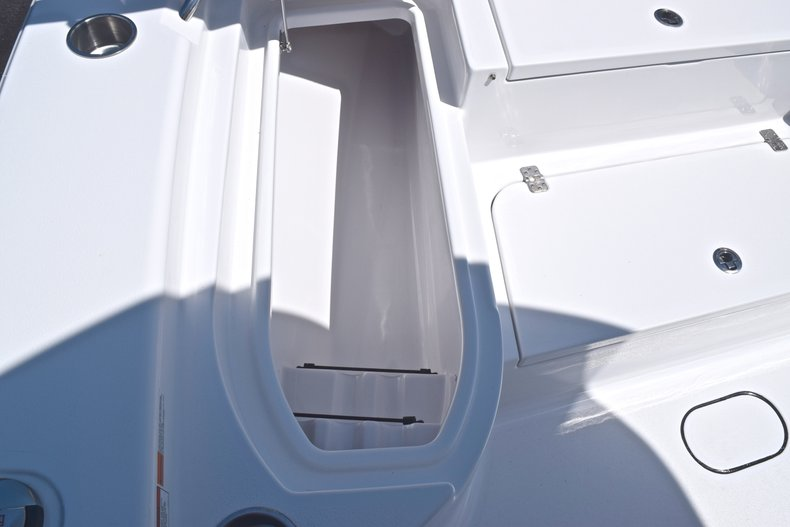 Thumbnail 54 for New 2019 Sportsman Masters 267 Bay Boat boat for sale in Vero Beach, FL
