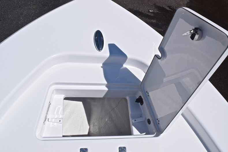 Thumbnail 64 for New 2019 Sportsman Masters 267 Bay Boat boat for sale in Vero Beach, FL