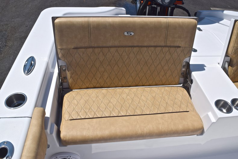 Thumbnail 21 for New 2019 Sportsman Masters 267 Bay Boat boat for sale in Vero Beach, FL