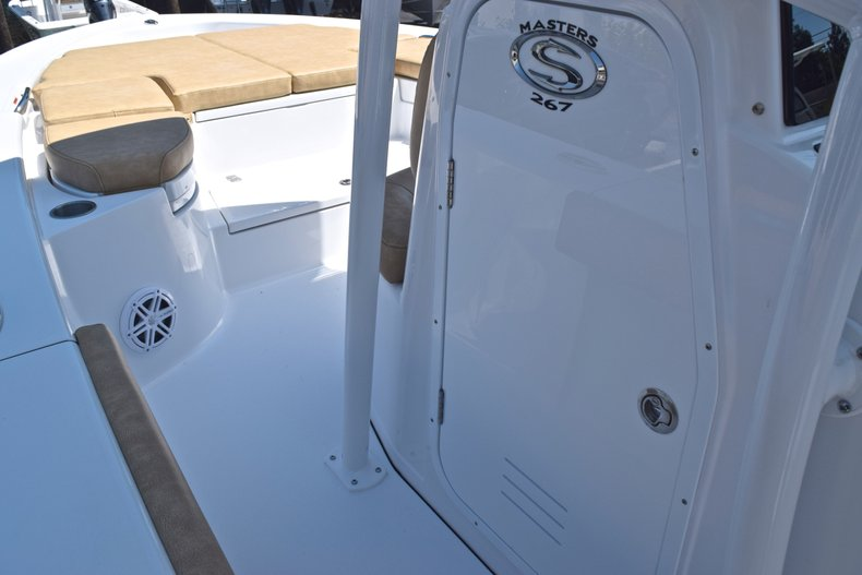 Thumbnail 47 for New 2019 Sportsman Masters 267 Bay Boat boat for sale in Vero Beach, FL
