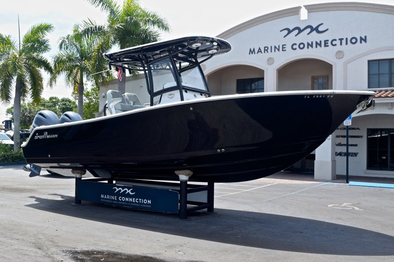 Thumbnail 1 for Used 2019 Sportsman Heritage 251 Center Console boat for sale in West Palm Beach, FL