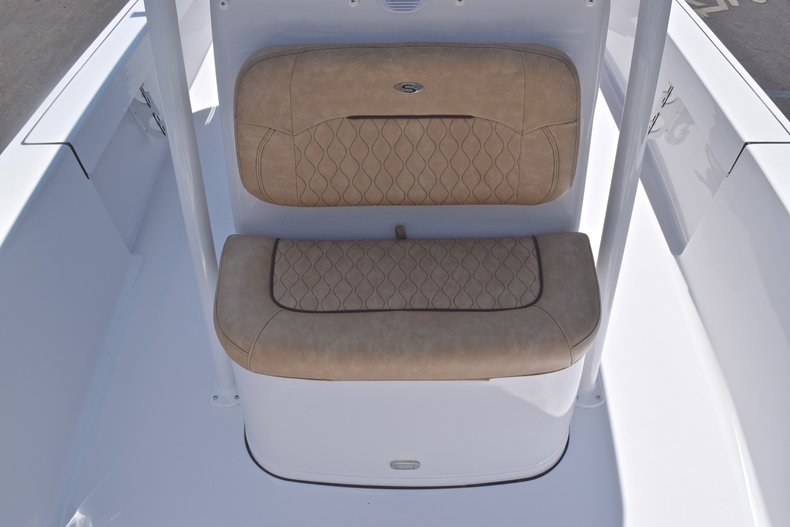 Thumbnail 42 for New 2019 Sportsman Masters 247 Bay Boat boat for sale in Miami, FL