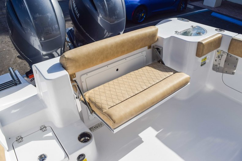 Thumbnail 21 for New 2019 Sportsman Open 252 Center Console boat for sale in Fort Lauderdale, FL