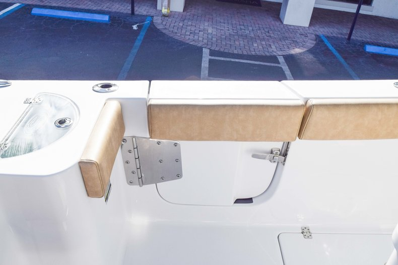 Thumbnail 22 for New 2019 Sportsman Open 252 Center Console boat for sale in Fort Lauderdale, FL