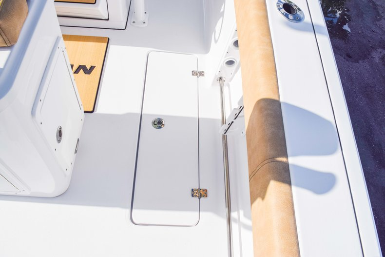 Thumbnail 27 for New 2019 Sportsman Open 252 Center Console boat for sale in Fort Lauderdale, FL