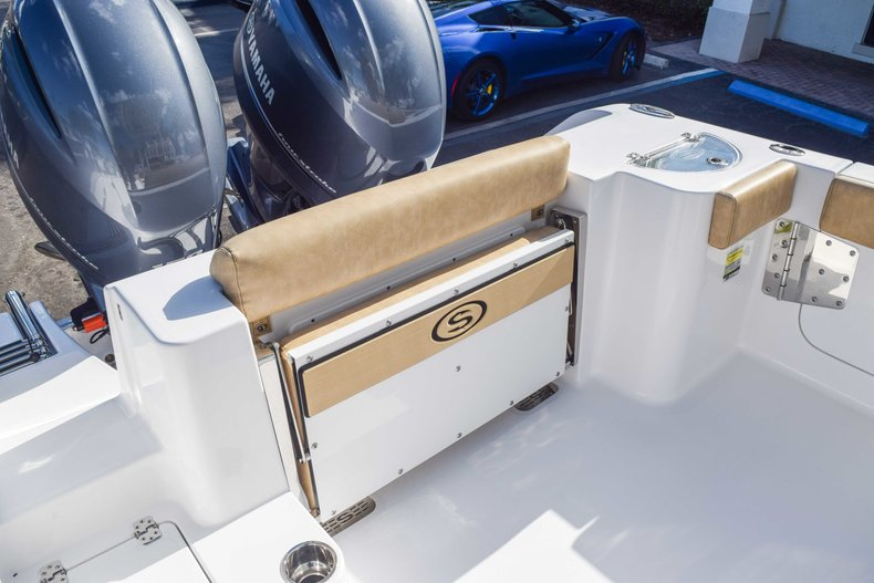 Thumbnail 20 for New 2019 Sportsman Open 252 Center Console boat for sale in Fort Lauderdale, FL