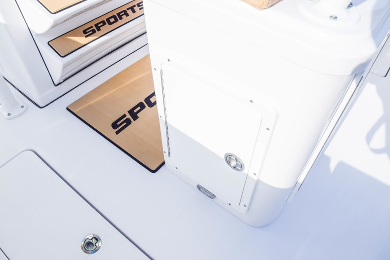 Thumbnail 35 for New 2019 Sportsman Open 252 Center Console boat for sale in Fort Lauderdale, FL