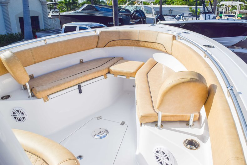 Thumbnail 60 for New 2019 Sportsman Open 252 Center Console boat for sale in Fort Lauderdale, FL