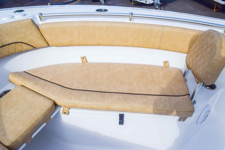 Thumbnail 67 for New 2019 Sportsman Open 252 Center Console boat for sale in Fort Lauderdale, FL