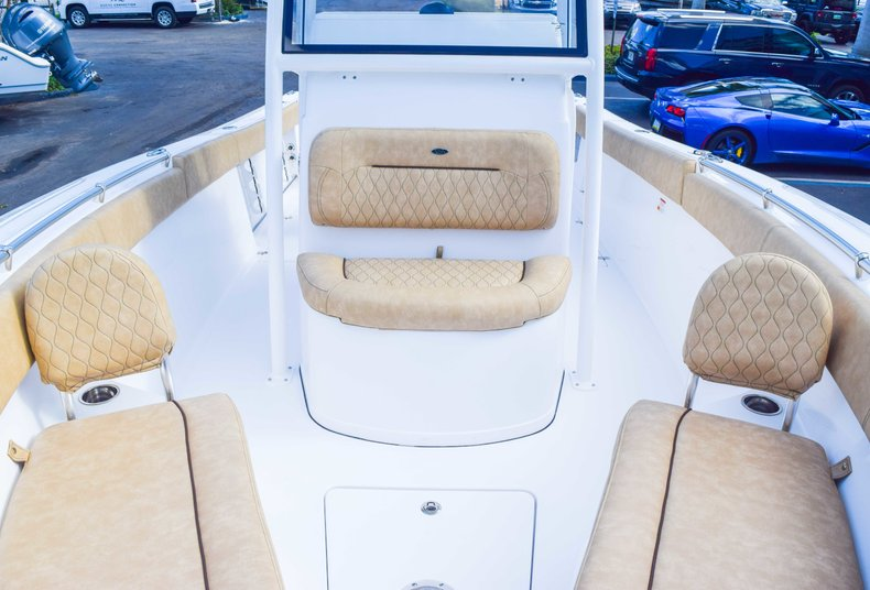 Thumbnail 74 for New 2019 Sportsman Open 252 Center Console boat for sale in Fort Lauderdale, FL