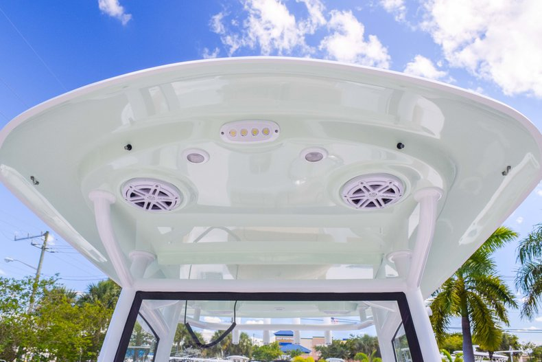 Thumbnail 78 for New 2019 Sportsman Open 252 Center Console boat for sale in Fort Lauderdale, FL