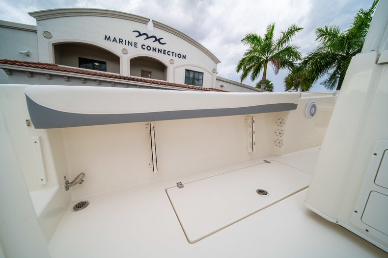 Thumbnail 18 for New 2019 Cobia 301 CC Center Console boat for sale in West Palm Beach, FL