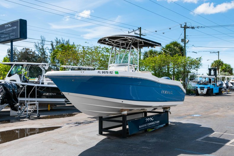 Thumbnail 3 for Used 2013 Robalo R200 Center Console boat for sale in West Palm Beach, FL