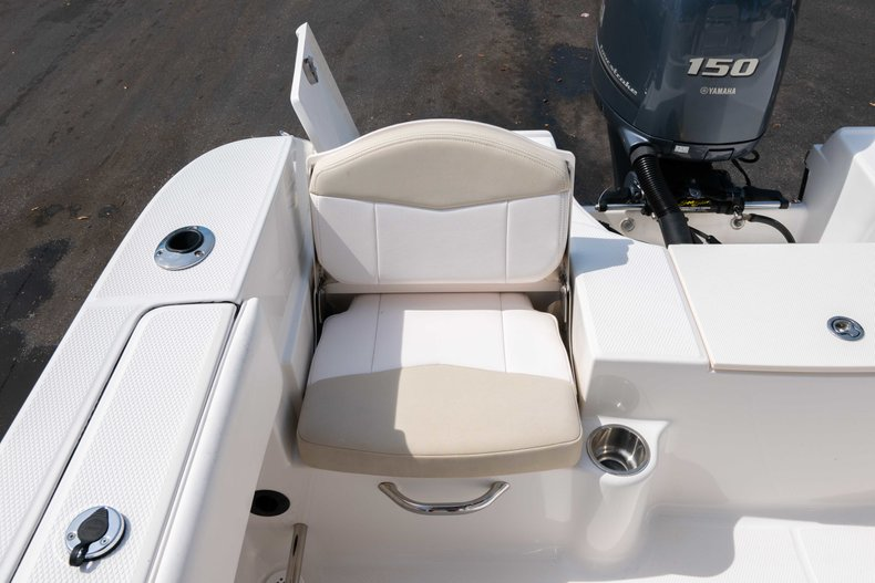 Thumbnail 10 for Used 2013 Robalo R200 Center Console boat for sale in West Palm Beach, FL