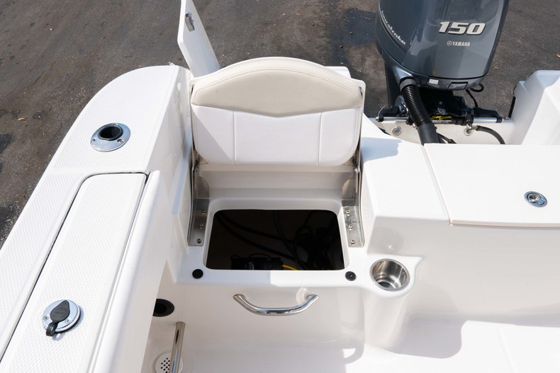 Thumbnail 11 for Used 2013 Robalo R200 Center Console boat for sale in West Palm Beach, FL