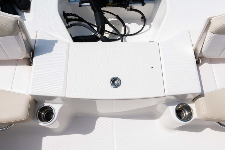 Thumbnail 13 for Used 2013 Robalo R200 Center Console boat for sale in West Palm Beach, FL
