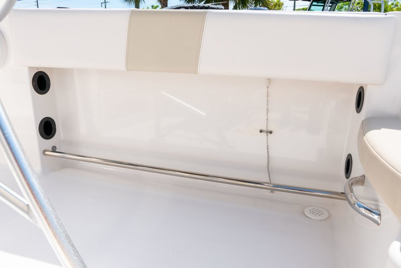 Thumbnail 18 for Used 2013 Robalo R200 Center Console boat for sale in West Palm Beach, FL