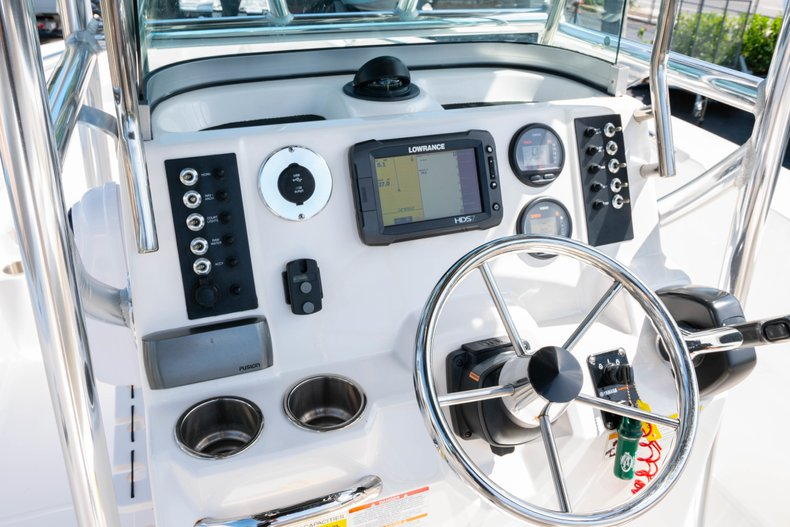 Thumbnail 22 for Used 2013 Robalo R200 Center Console boat for sale in West Palm Beach, FL