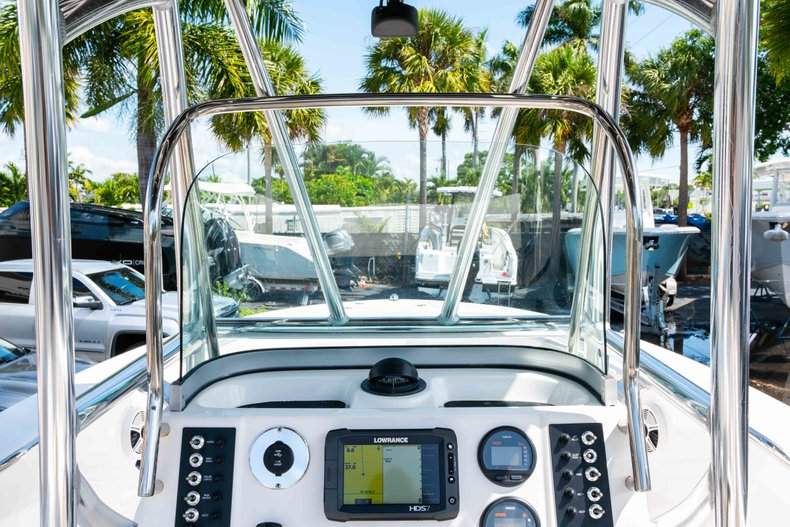 Thumbnail 26 for Used 2013 Robalo R200 Center Console boat for sale in West Palm Beach, FL