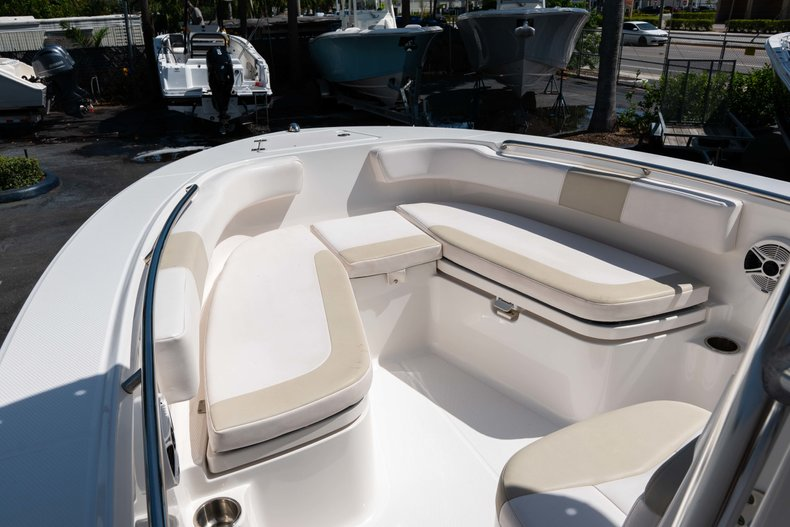 Thumbnail 30 for Used 2013 Robalo R200 Center Console boat for sale in West Palm Beach, FL