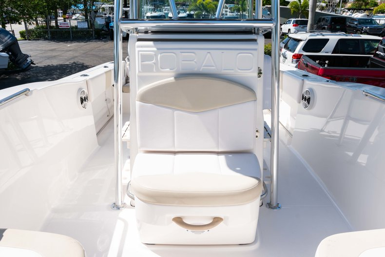Thumbnail 31 for Used 2013 Robalo R200 Center Console boat for sale in West Palm Beach, FL