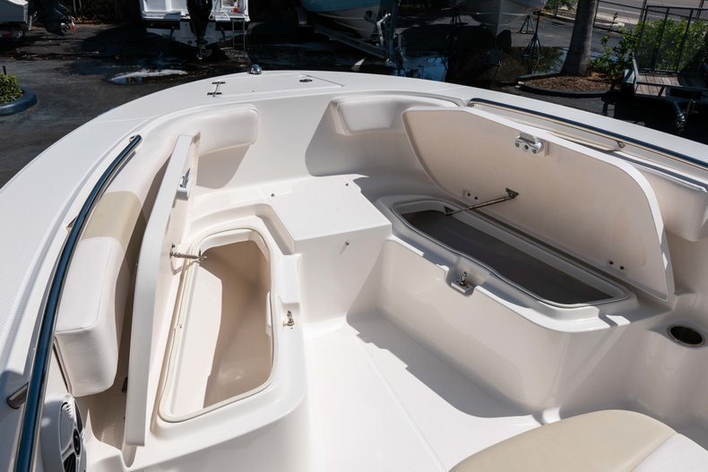 Thumbnail 34 for Used 2013 Robalo R200 Center Console boat for sale in West Palm Beach, FL