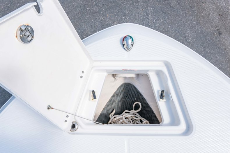 Thumbnail 37 for Used 2013 Robalo R200 Center Console boat for sale in West Palm Beach, FL