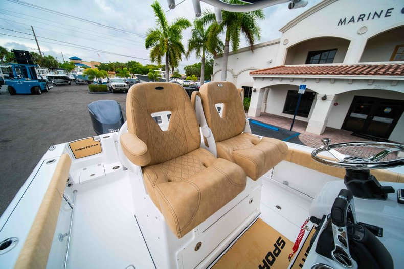 Thumbnail 27 for New 2019 Sportsman Open 282 Center Console boat for sale in Vero Beach, FL