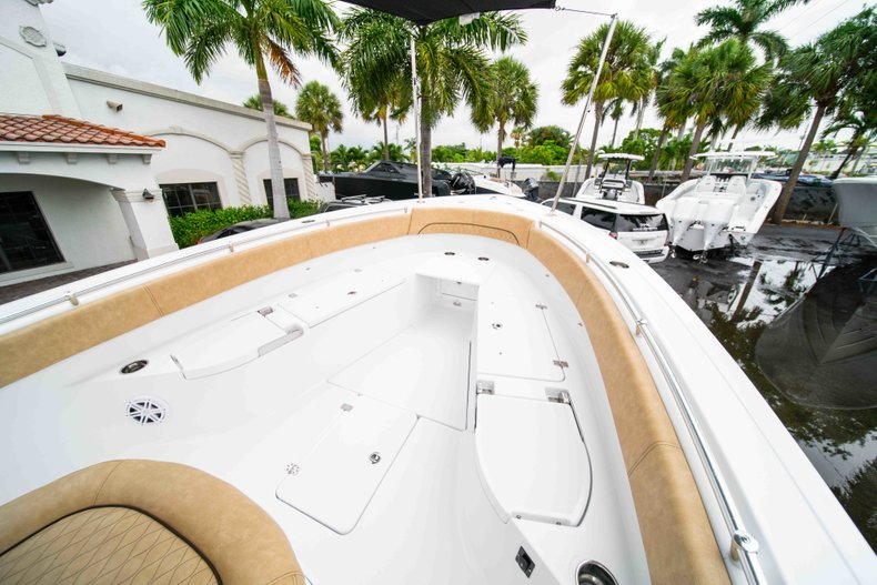 Thumbnail 33 for New 2019 Sportsman Open 282 Center Console boat for sale in West Palm Beach, FL