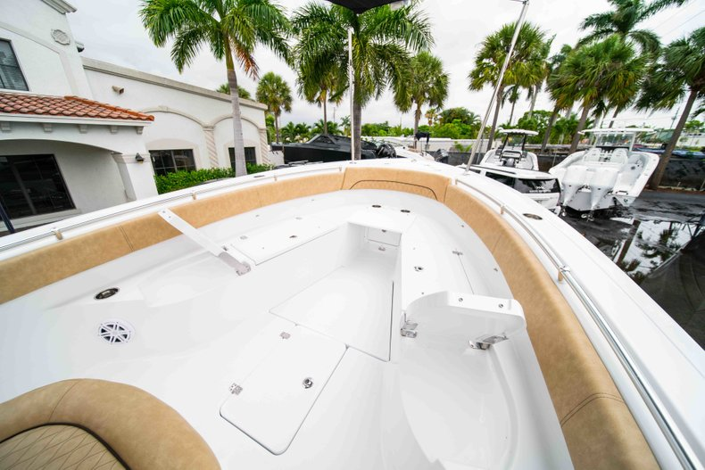 Thumbnail 34 for New 2019 Sportsman Open 282 Center Console boat for sale in West Palm Beach, FL