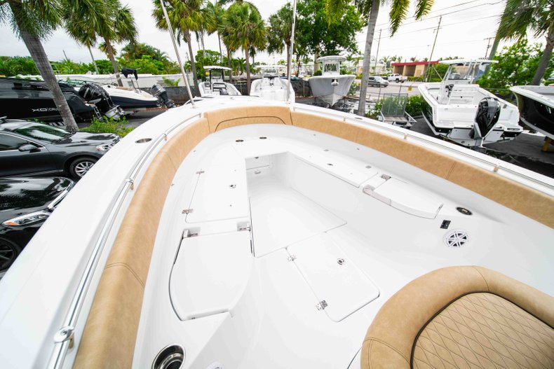 Thumbnail 36 for New 2019 Sportsman Open 282 Center Console boat for sale in Vero Beach, FL