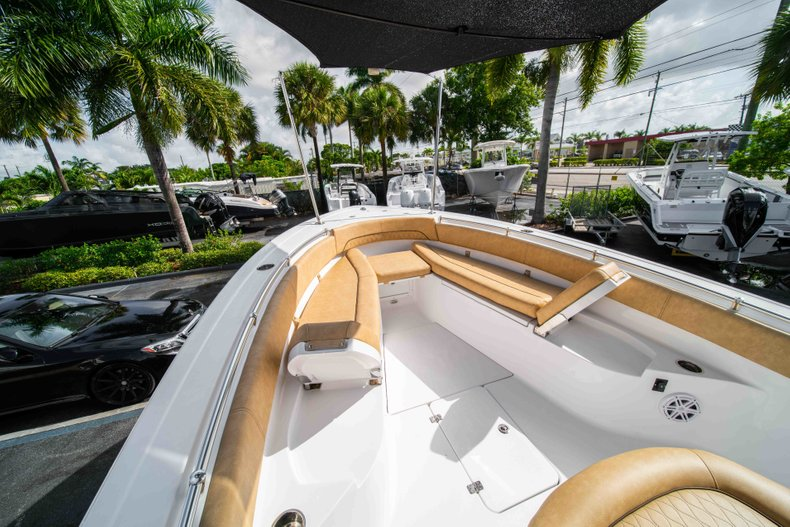 Thumbnail 38 for New 2019 Sportsman Open 282 Center Console boat for sale in Vero Beach, FL