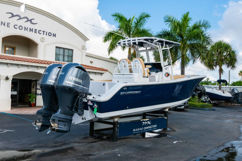 Thumbnail 7 for New 2019 Sportsman Open 282 Center Console boat for sale in Vero Beach, FL