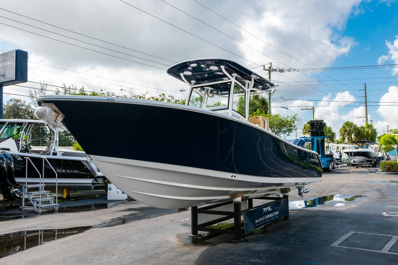 Thumbnail 3 for New 2019 Sportsman Open 282 Center Console boat for sale in Vero Beach, FL