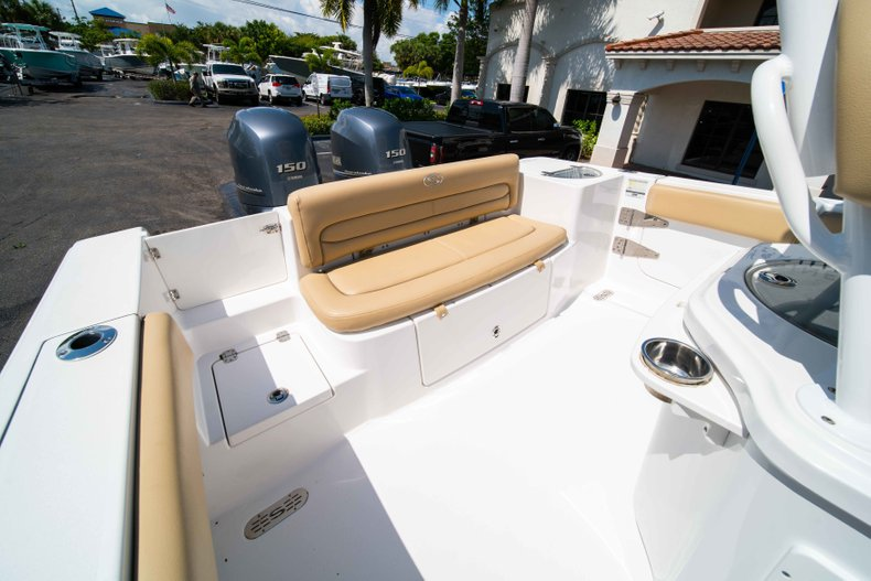 Thumbnail 13 for Used 2014 Sportsman Heritage 251 Center Console boat for sale in West Palm Beach, FL