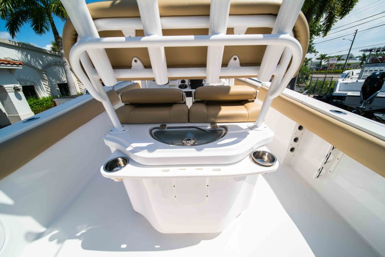 Thumbnail 11 for Used 2014 Sportsman Heritage 251 Center Console boat for sale in West Palm Beach, FL