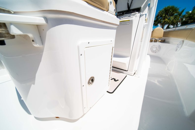 Thumbnail 37 for Used 2014 Sportsman Heritage 251 Center Console boat for sale in West Palm Beach, FL