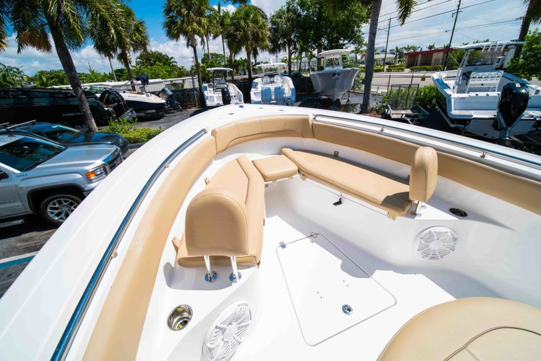Thumbnail 41 for Used 2014 Sportsman Heritage 251 Center Console boat for sale in West Palm Beach, FL