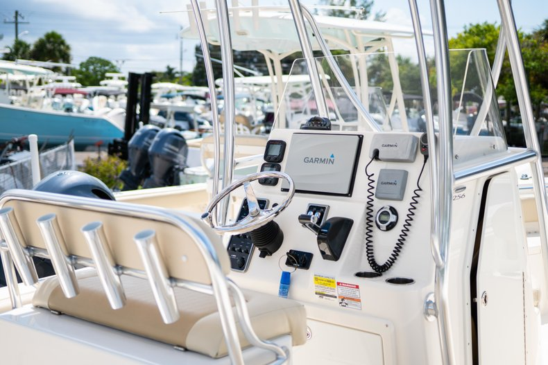 Thumbnail 4 for Used 2014 Cobia 256 Center Console boat for sale in West Palm Beach, FL