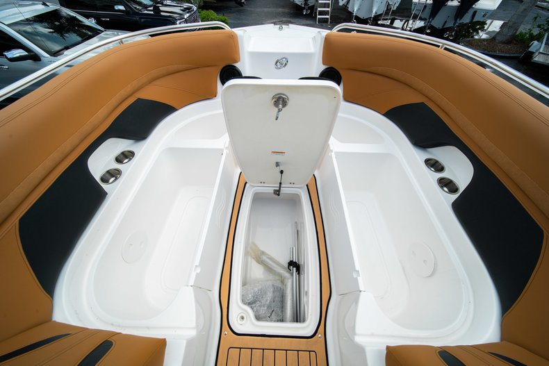 Thumbnail 32 for New 2019 Hurricane SunDeck SD 2400 OB boat for sale in West Palm Beach, FL